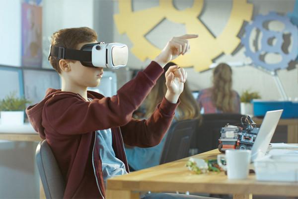 V-Lab - Ambiente Virtual de realidade aumentada da CNEC