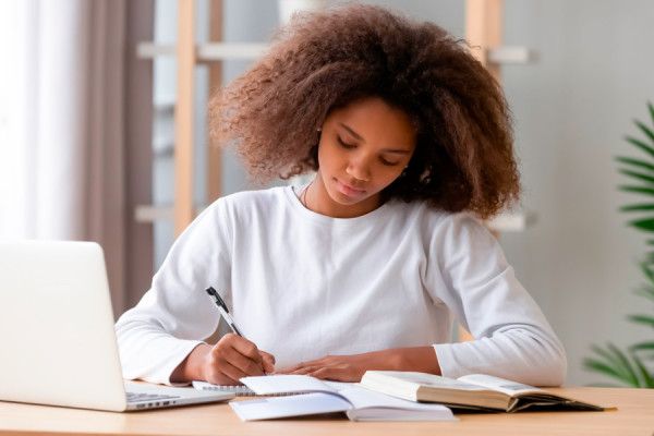 Práticas de Leitura e Escrita