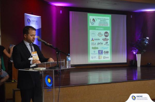 Curso de Biomedicina e Farmácia realizam Semana Acadêmica