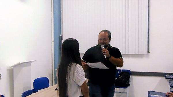 Aluna Alice Lemos Cruz  foi premiada pelo 2º lugar no ENEC