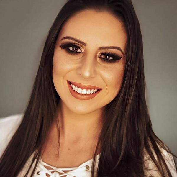 A acadêmica do 9° semestre de Direito, Carolina Bogler, deixa seu depoimento sobre a experiência de estudar na CNEC. Confere aí!